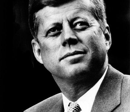 Джон Кеннеди, спасший человечество своей стальной выдержкой.