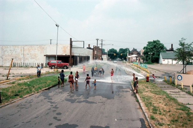 east-palmer-avenue-towards-chene-street-a-95-degree-day-detroit-1995