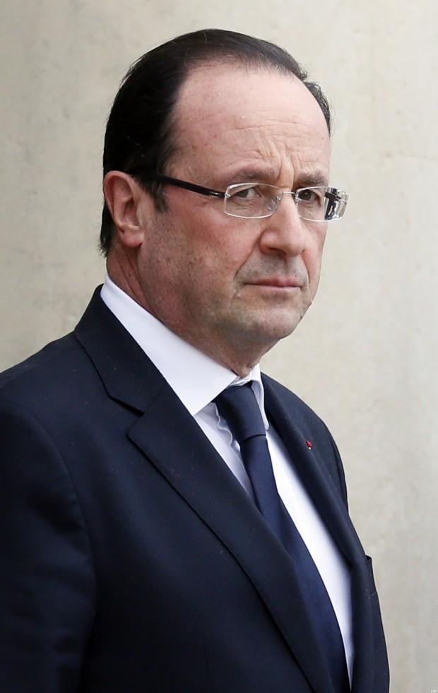 FRANCE-CAMEROON-POLITICS