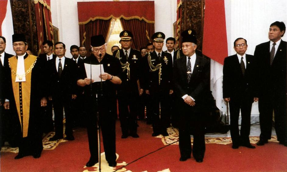 Suharto_resigns