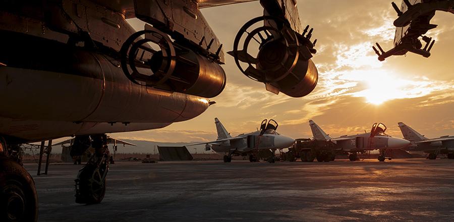 Самолеты ВКС России на авиабазе Хмеймим в Сирии